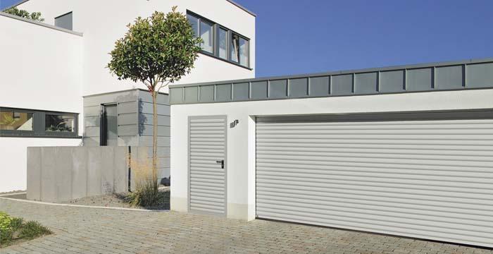 Puertas de garaje y puertas peatonales laterales